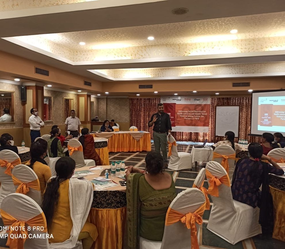 Kunal Kishore, Associate Director, Drug Use & Harm Reduction interacts with the participants